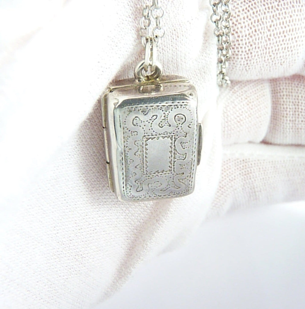 Georgian Sterling Silver Vinaigrette