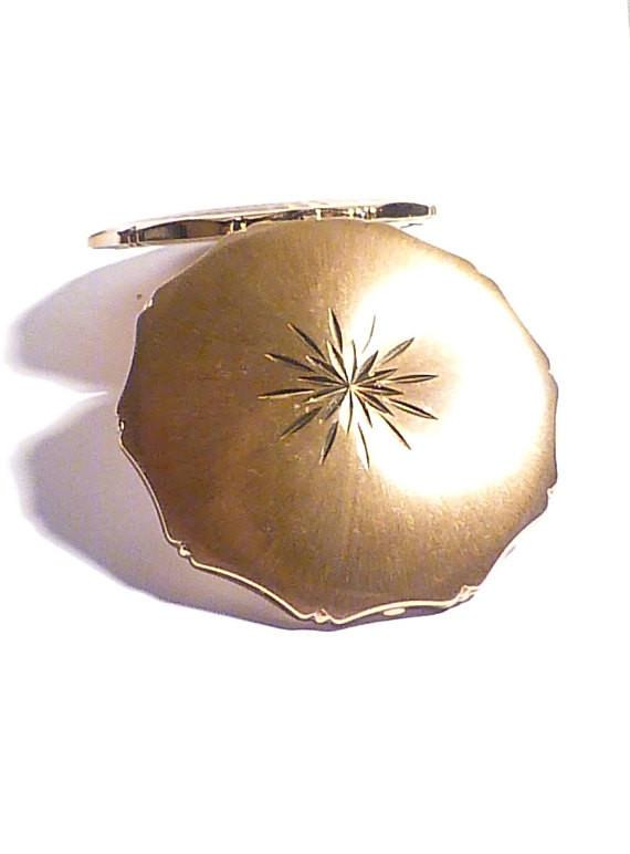 Vintage Kigu powder compacts for sale powder mirror compacts bridesmaids gifts - The Vintage Compact Shop