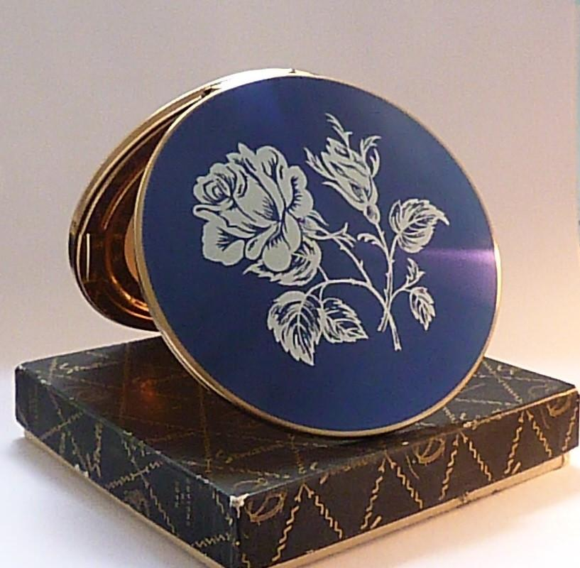 Unused vintage compacts boxed Stratton blue enamel powder compact 1960s vintage bridesmaids gifts - The Vintage Compact Shop