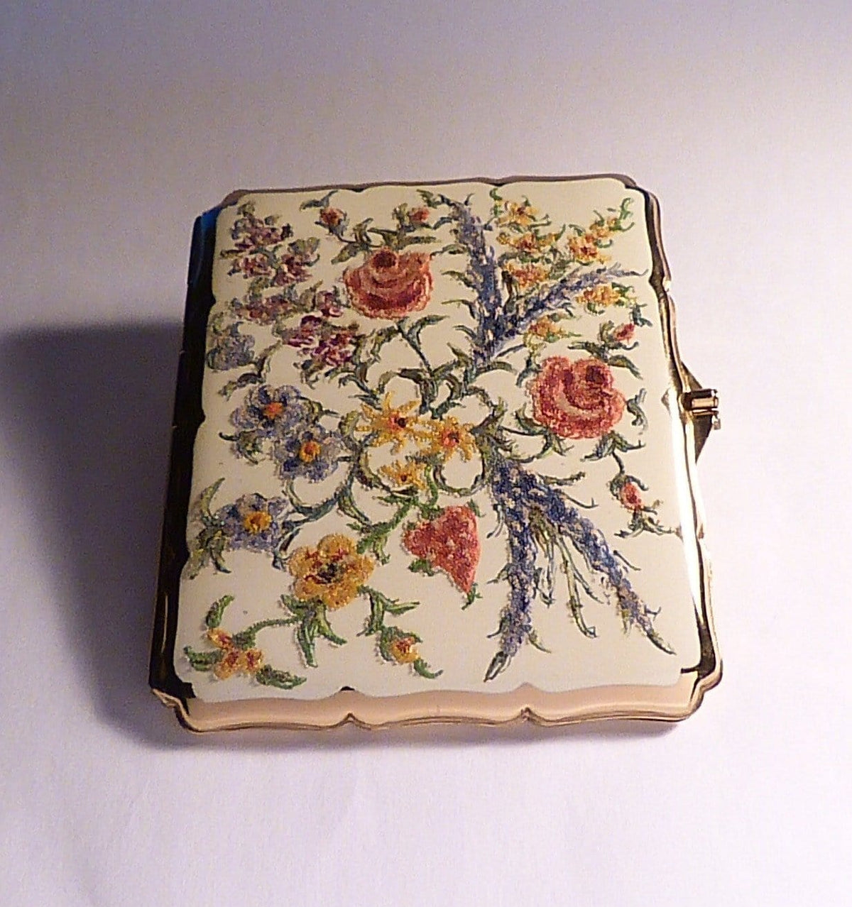 Antique enamel cigarette cases Stratton accessories BALLOTINI mid-century cigarette and business card cases 1950s - The Vintage Compact Shop