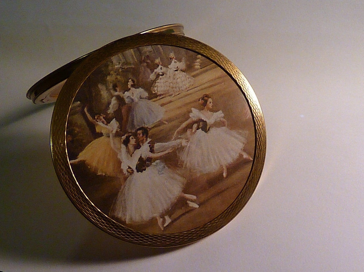 Rare ballet themed powder compact 1950s vintage bridesmaids gifts - The Vintage Compact Shop