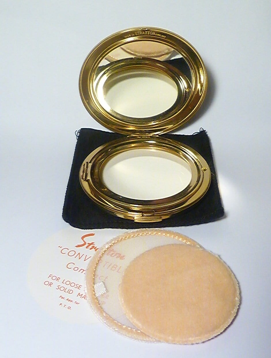 Unused boxed Stratton compact NOS ( new old stock ) powder mirror compacts 1960s