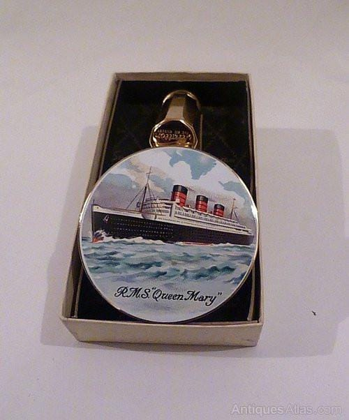 Rare vintage Stratton ship / boat powder compact enamel lipstick mirrors compact mirrors Queen Mary souvenirs - The Vintage Compact Shop