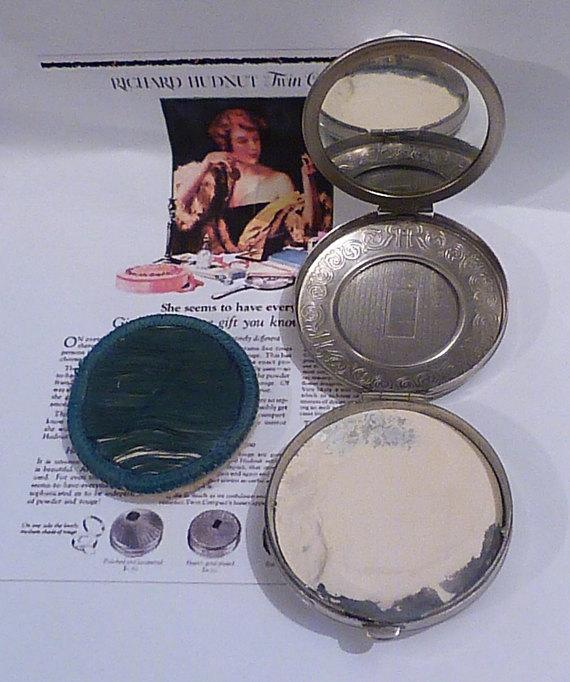 Richard Hudnut compact mirror