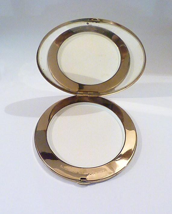 Very rare vintage compacts 1940s compact mirrors compacts pocket mirrors poudrier handbag mirror bridesmaids vintage gifts wedding gift - The Vintage Compact Shop