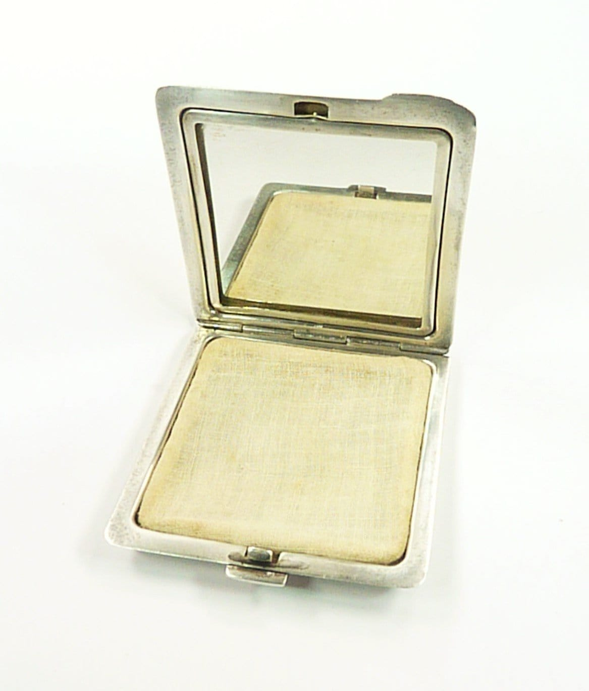 Silver Makeup Compact For Loose Face Powder