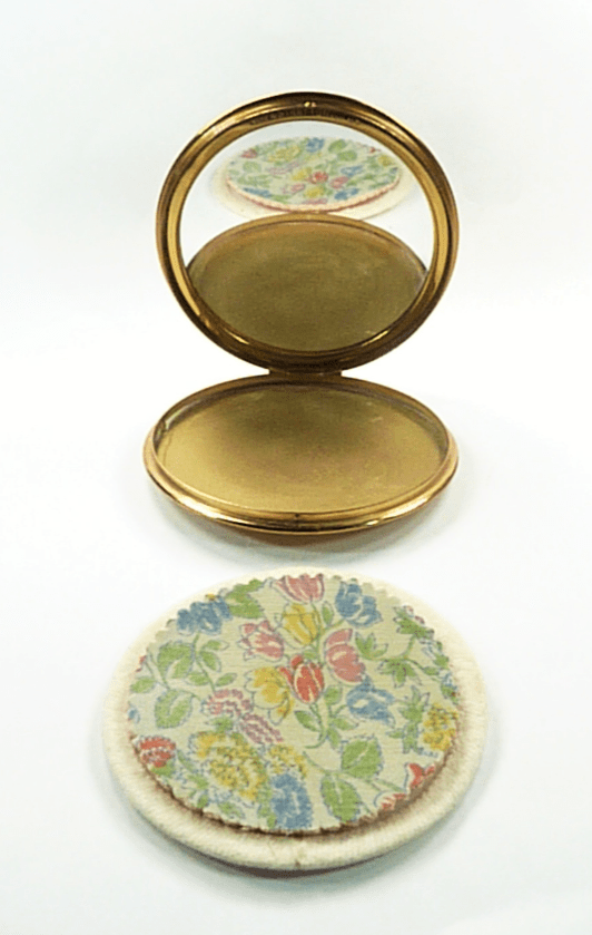 Stratton Compact With Puff And Sifter
