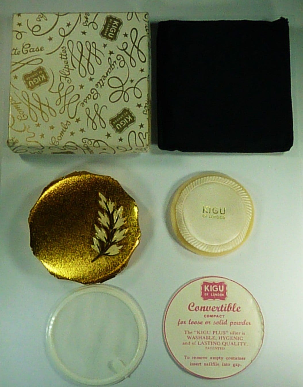 Unused Boxed Kigu Powder Compact