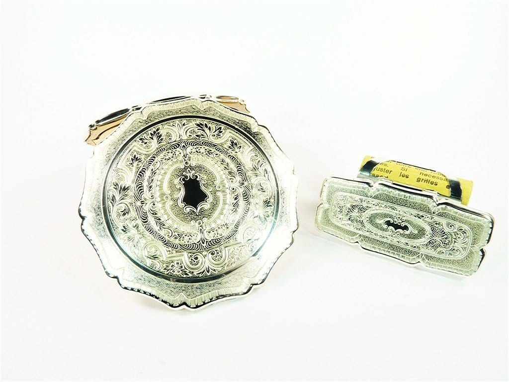 Unused_Vintage_Lipstick_Holder_And_Matching_Compact_Mirror