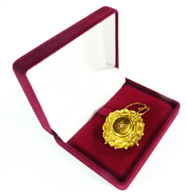 Victorian Gold Brooch In Jewellery Case