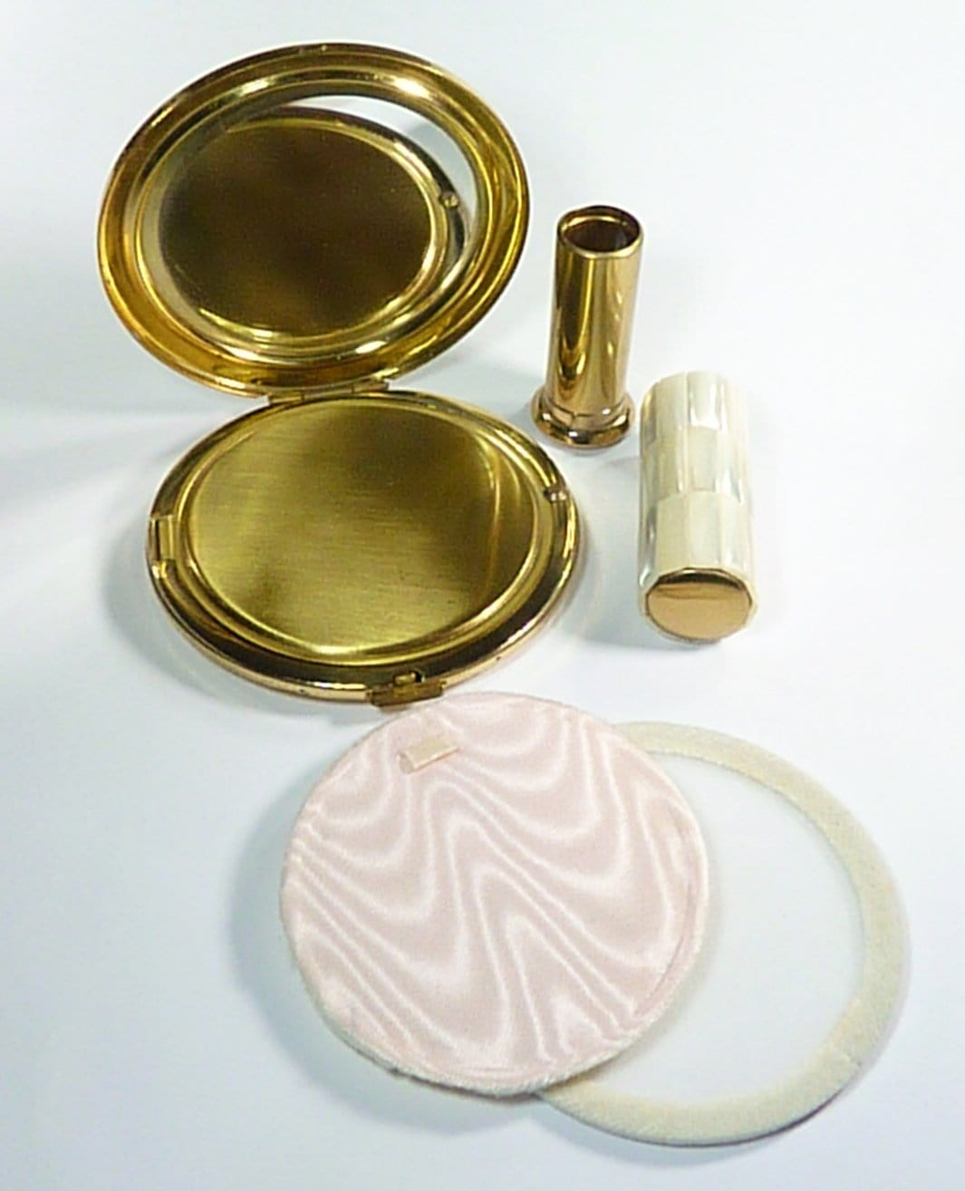 Vintage Loose Powder Compact Mother Of Pearl