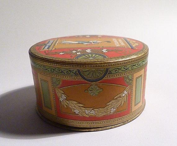 antique L T Piver powder box