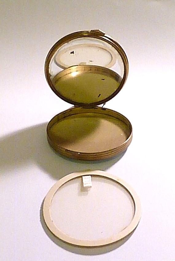 antique powder compacts for sale