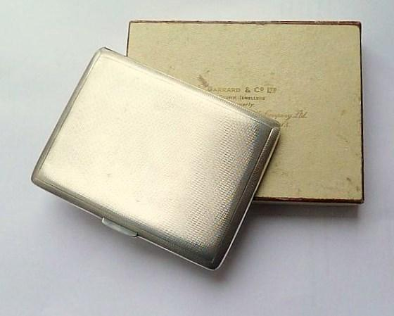 0fdda60d7dde Solid Silver Cigarette Cases Large Garrard   Co Sterling Silver Cigarette  Holders 1961