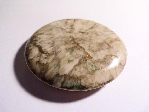 Rare celluloid compact French romantic pastoral scene powder compact 1930s - The Vintage Compact Shop