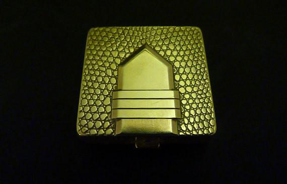 Dorothy Gray buckle compact vintage novelty powder compacts 1940s