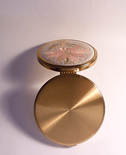 Vintage compact mirrors pink 1950s unused Margaret Rose powder compact - The Vintage Compact Shop
