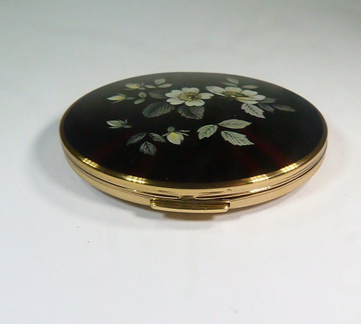 free shipping vintage compacts