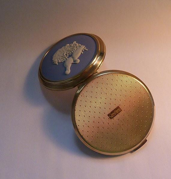 Rare powder compacts Stratton bird series Wedgwood compacts vintage compact mirrors 1970s