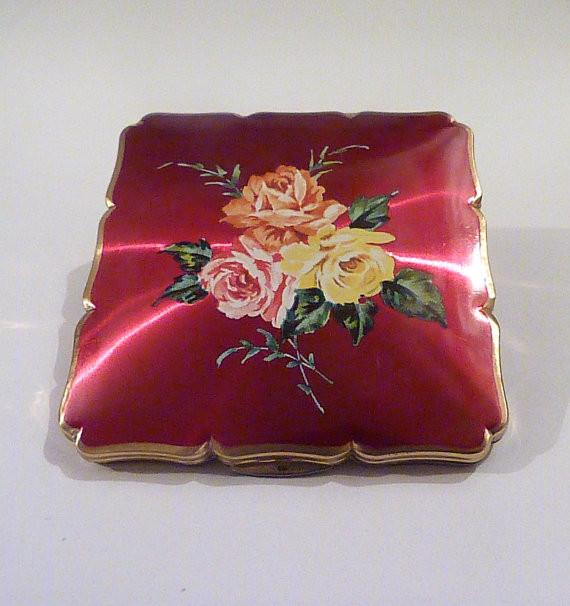 Red enamel Stratton compact Stratton ROYALE compact mirror vintage birthday gifts for her - The Vintage Compact Shop