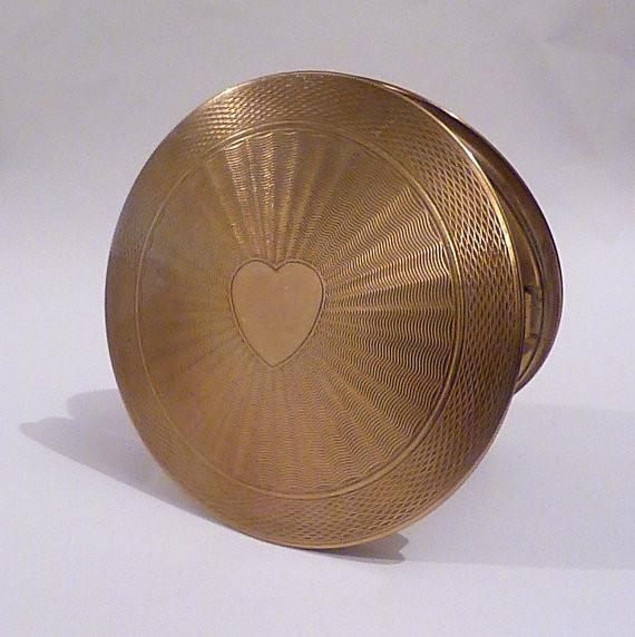 Vintage Love Heart powder compact compact mirror pocket mirror purse mirror handbag mirror - The Vintage Compact Shop