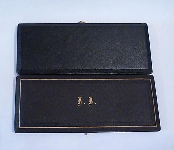 Gifts for J J initials / monogram Edwardian silver film props shoe horn and button hook repoussage - The Vintage Compact Shop