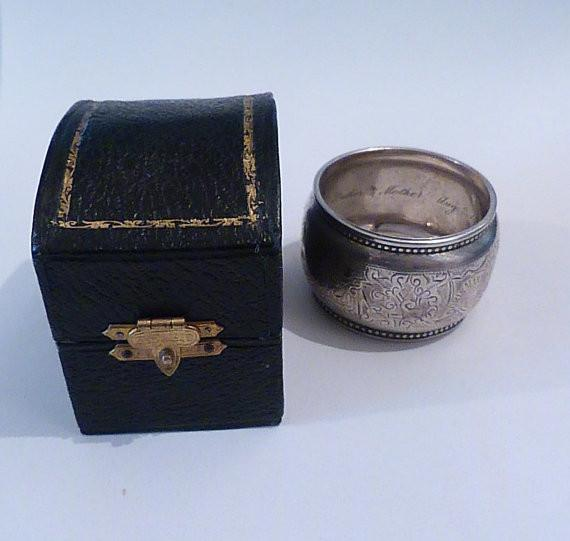 Antique silver cased Victorian napkin ring DORIS MARY BURT William M Hayes antique silver gifts - The Vintage Compact Shop