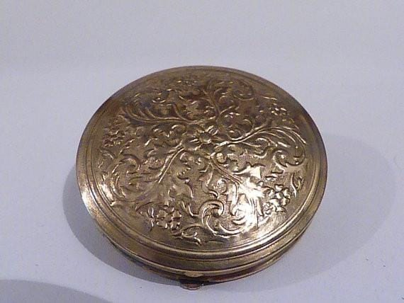 Vintage powder compacts 1920's Dhaussy Compact Vintage Compact Gold Repousse Powder Compact Mirror Compact bridesmaids gift pocket mirror antique compact RARE - The Vintage Compact Shop