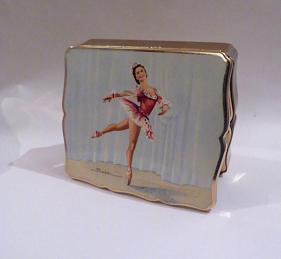 Ballerina musical powder box Stratton musical compacts vintage musical boxes 1950s enamelled - The Vintage Compact Shop