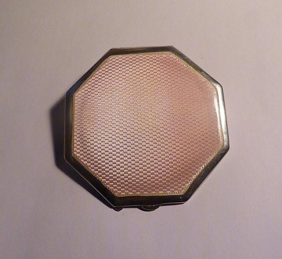 Sterling silver ART DECO powder compact pink guilloche octagonal compact mirror enamelled - The Vintage Compact Shop