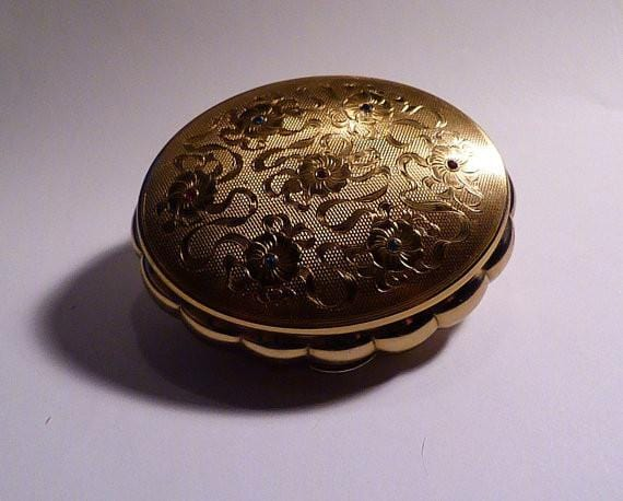 Kigu compacts 1950s muscial powder box - The Vintage Compact Shop
