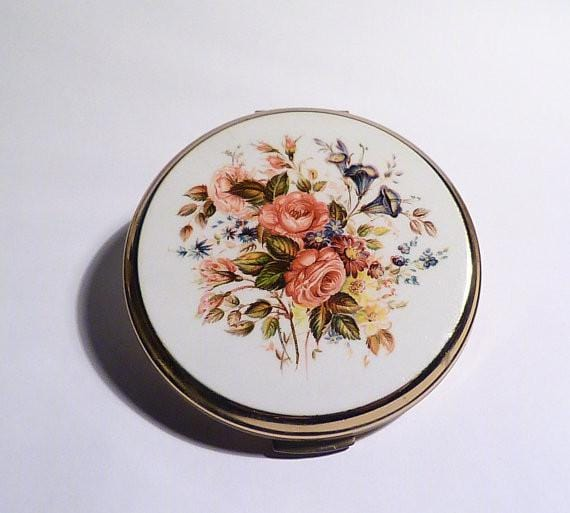 Mother's Day gifts gifts for her retro bridesmaids gifts compacts for sale - The Vintage Compact Shop