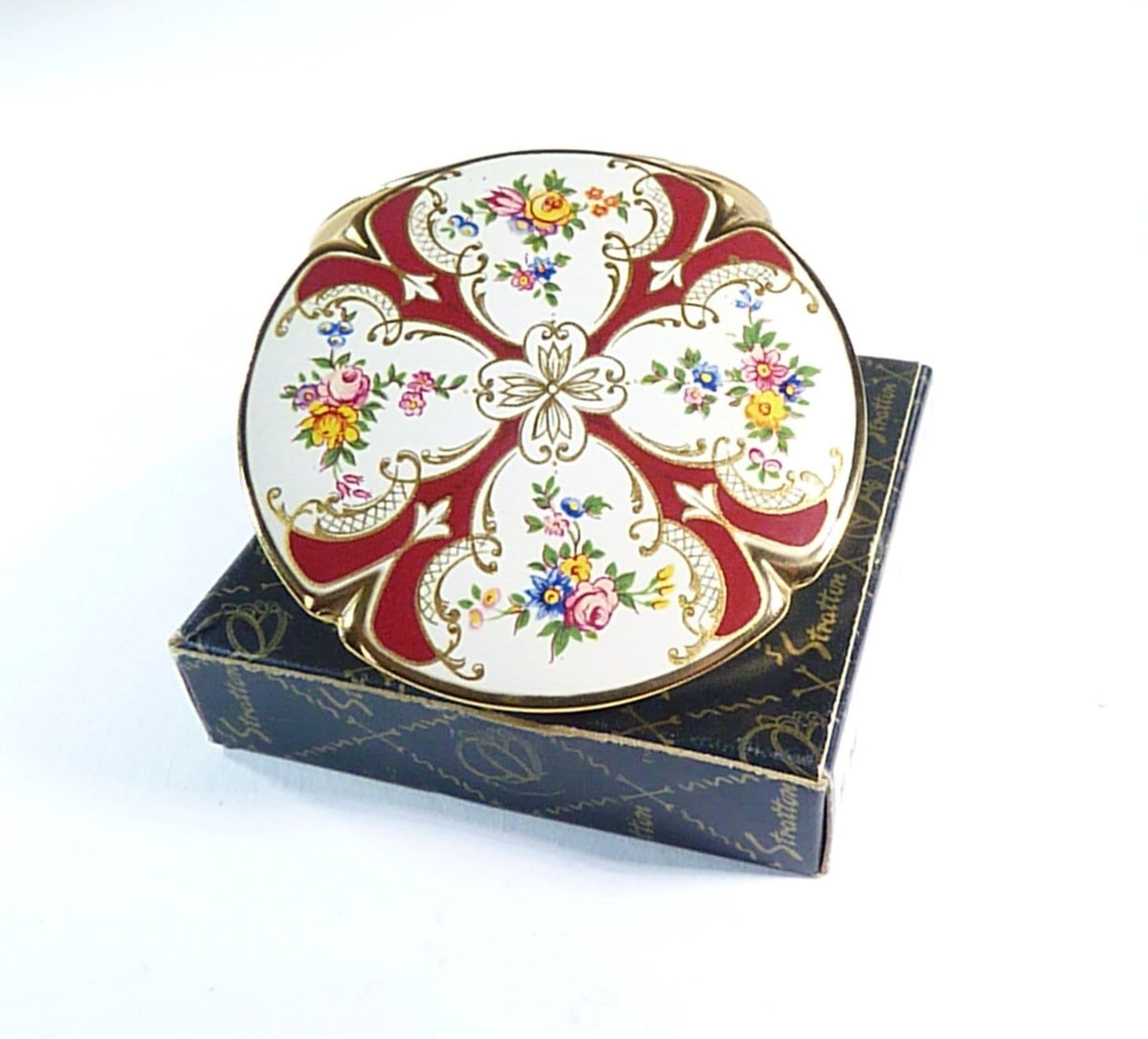rare Stratton Piccadilly powder compact