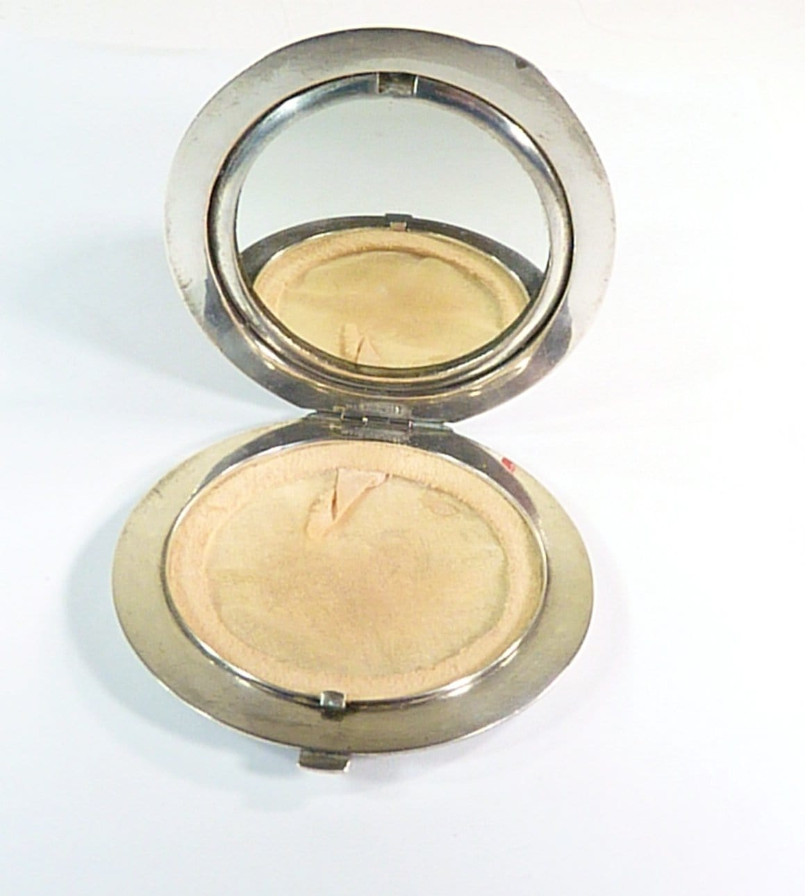 refillable vintage loose powder compact