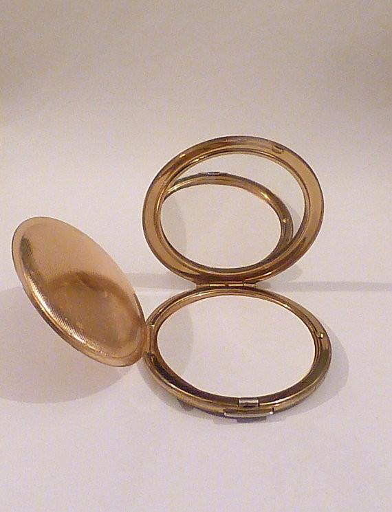 Vintage Stratton compacts powder mirror compacts vintage bridesmaids gifts - The Vintage Compact Shop