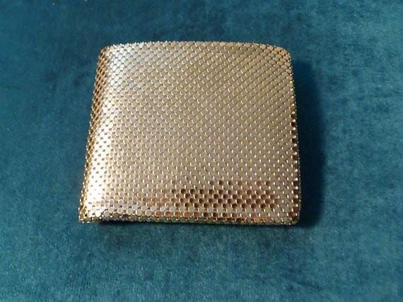 Vintage bridal accessories gold mesh purses business card holders Whiting and Davis retro gold mesh purse 1970s - The Vintage Compact Shop