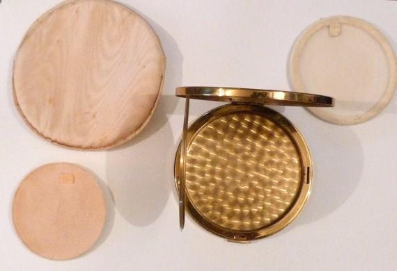 vanity mirrors for loose powder