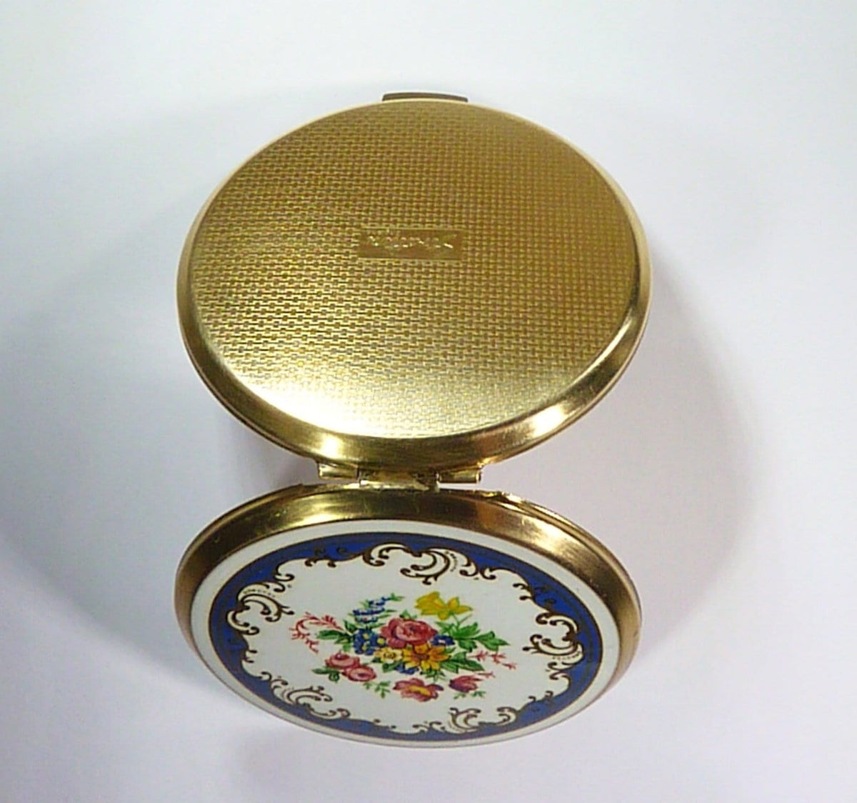vintage compact for compressed face powder