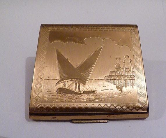 Vintage Zenette compacts ship compacts vintage bridesmaids gifts 1940s