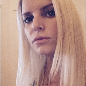 Jessica Simpsons Says Goodbye to Hair Extensions