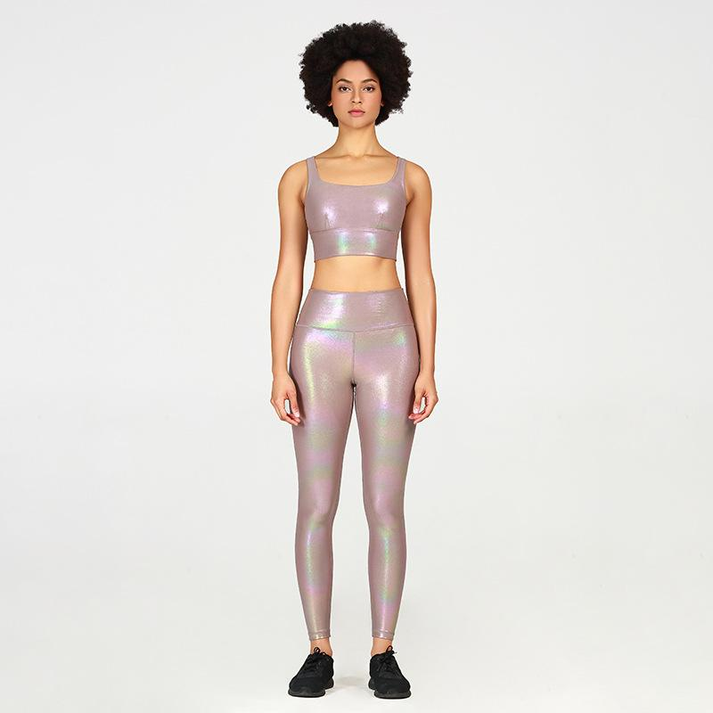 Modeling Breathable Bronzing Yoga Suit