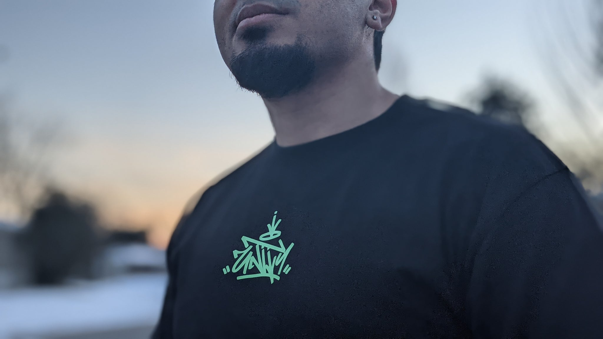 Unity T-shirt - Black w/ Green