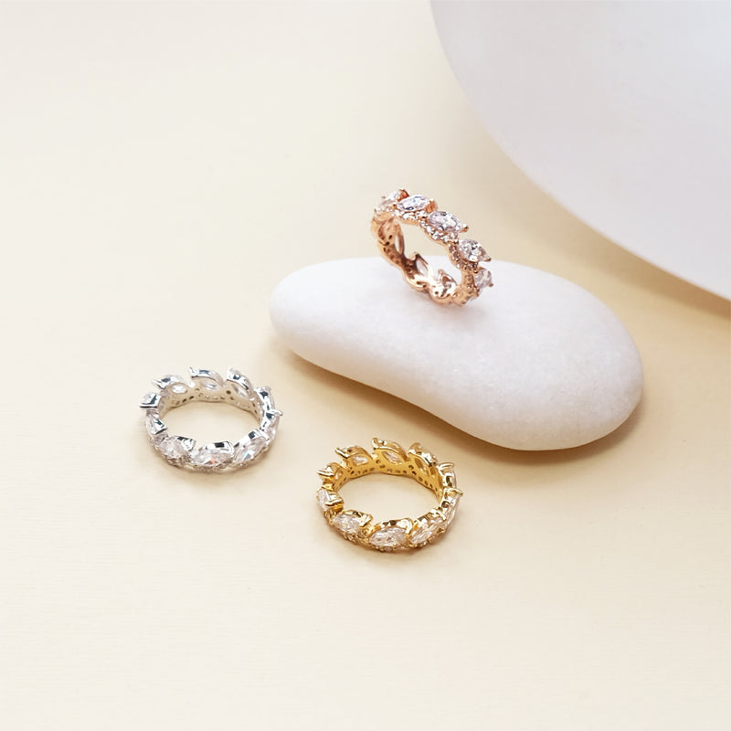 Leila Eternity Ring