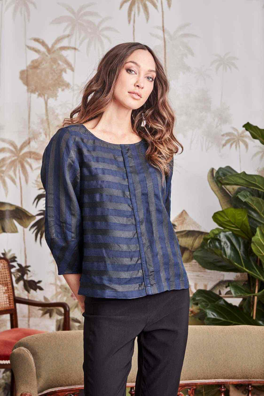 Verge - Veto Top in Blue