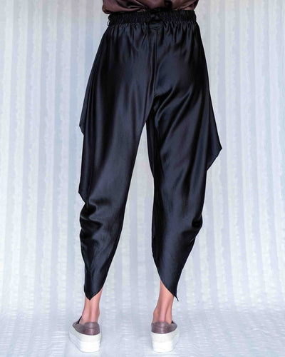 Lisa Brown - Etsu Silk Pant in Black
