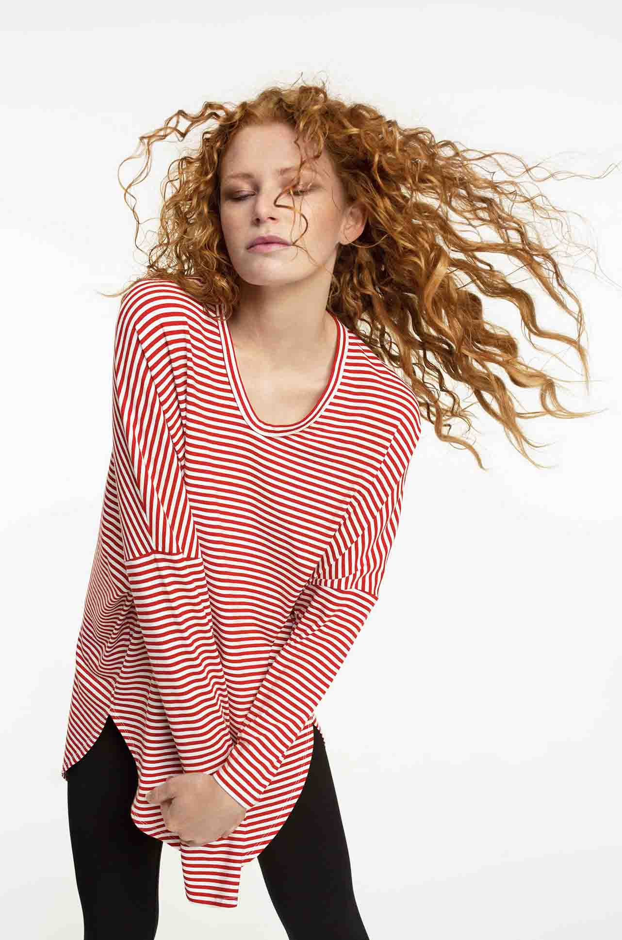 Mela_Purdie_Floating_Slide_Top_Regatta_Stripe_Jersey_www.zambezee.com.au