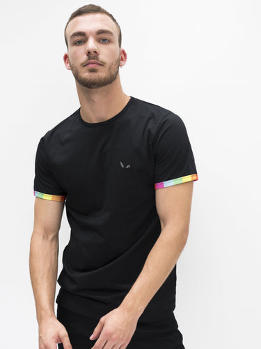 Berlin T-shirt - Rainbow Sleeve