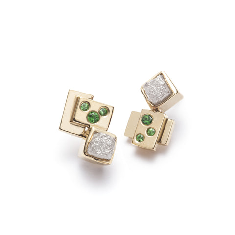 Minéral 18K gold earrings with rough diamonds