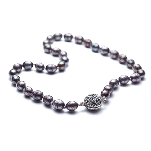 Océan dark pearl necklace with pendant-clasp