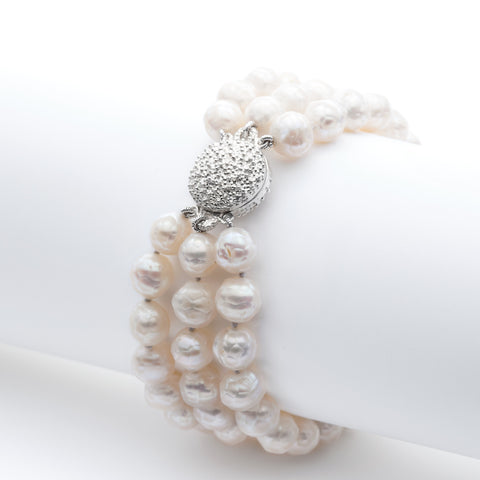 Océan three-strand pearl bracelet with magnetic clasp